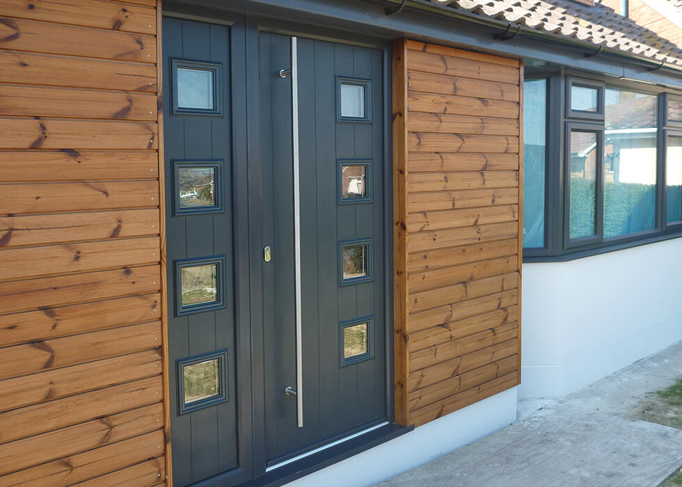 https://www.stedek.co.uk/wp-content/uploads/2018/04/Anthracite-grey-Solidor-composite-door.jpg