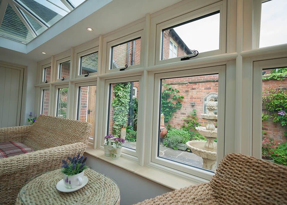 https://www.stedek.co.uk/wp-content/uploads/2018/06/Interior-view-of-a-Residence-Orangery.jpg
