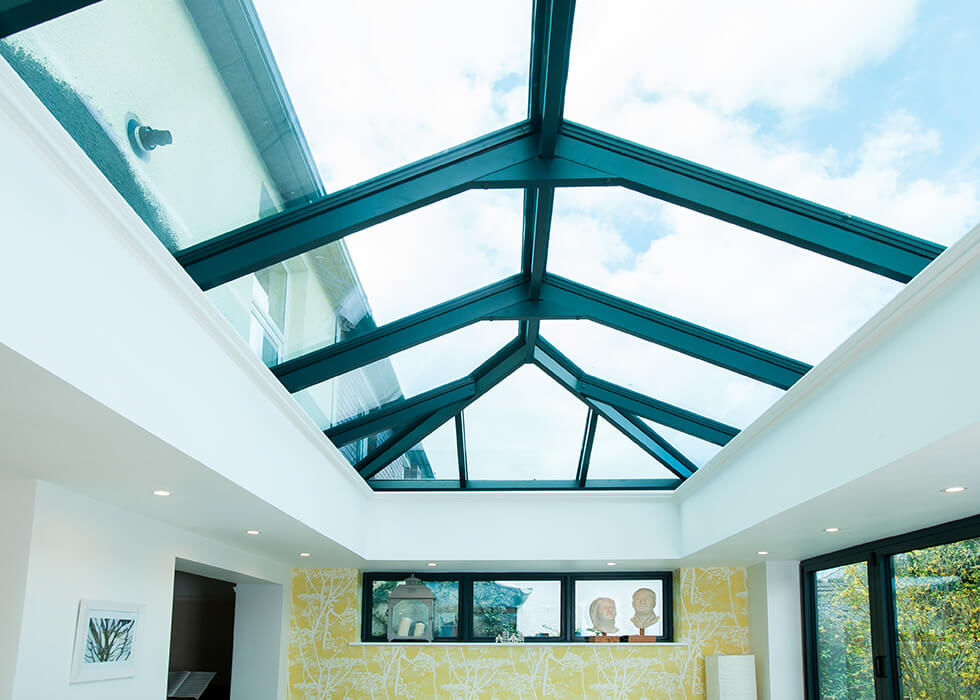 https://www.stedek.co.uk/wp-content/uploads/2018/06/Large-Black-Atlas-Roof.jpg